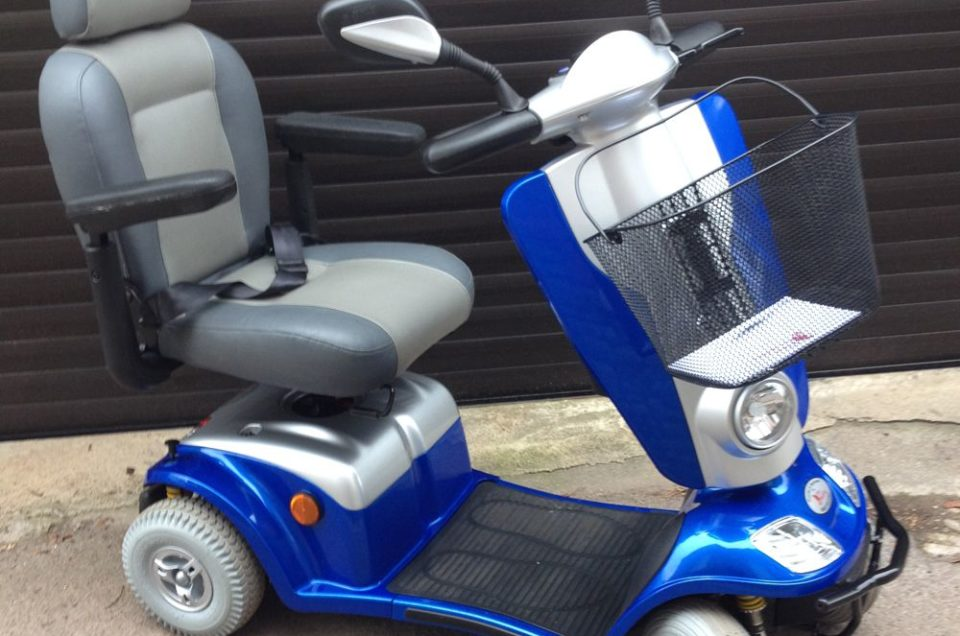 Mantenimiento de scooter eléctrico